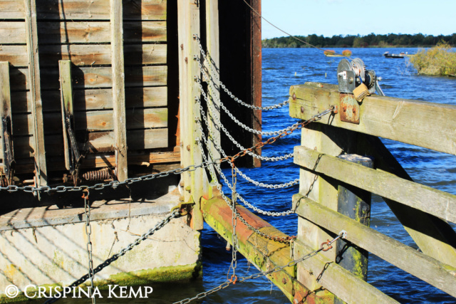 chains-at-staithe